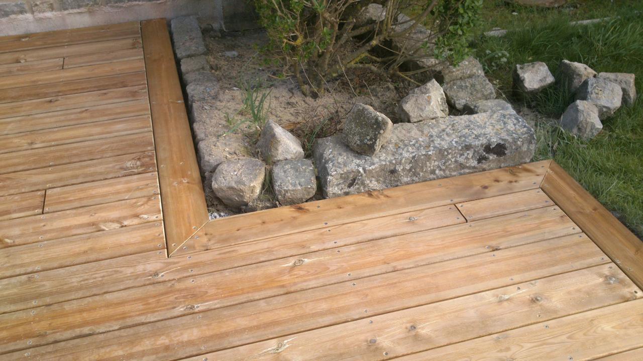 terrasse bois pin brun
