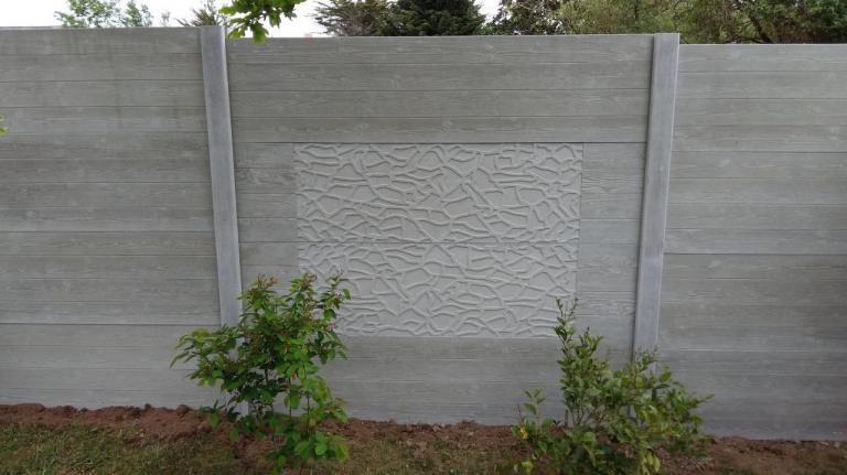 clôture béton aspect bois